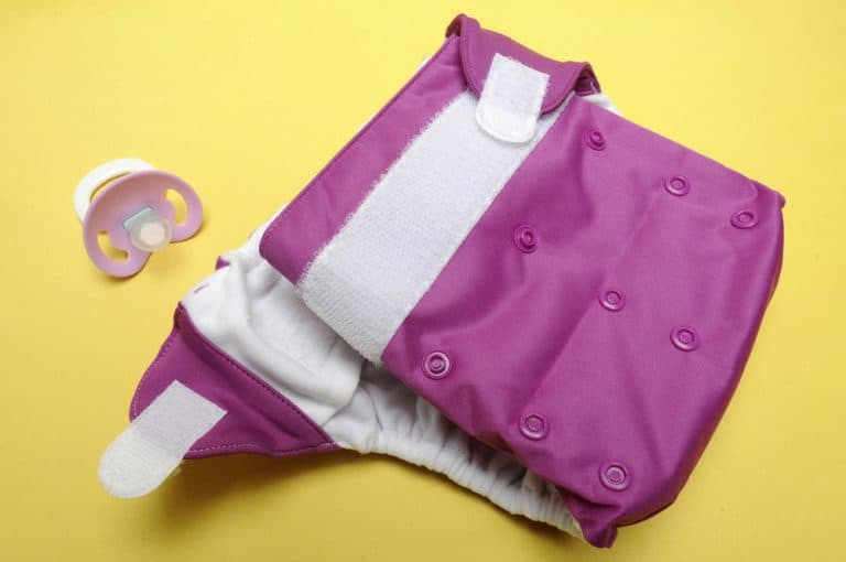 15 Tips to Stop the Cloth Diapers Leaking Problem (2021)
