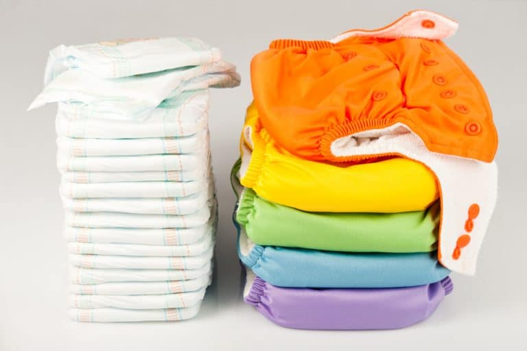 Cloth Diapers vs. Disposable Diapers: The Definitive Guide (2021)