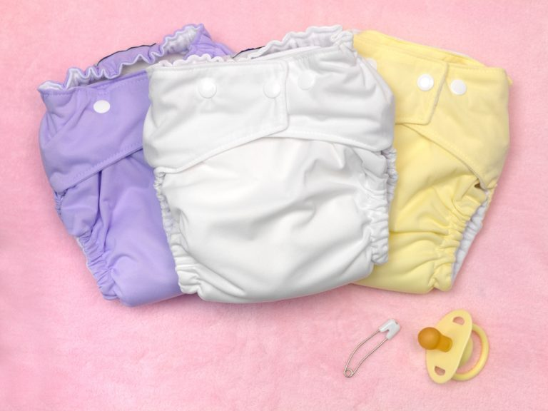 All-In-Two Cloth Diapers: The Definitive Guide (2021)